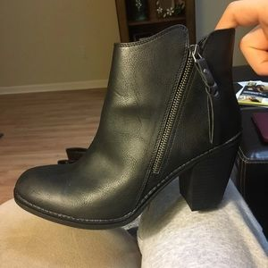 American Rag Boots Size 9